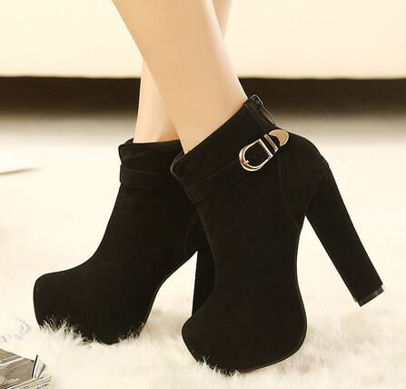 black booties.jpg